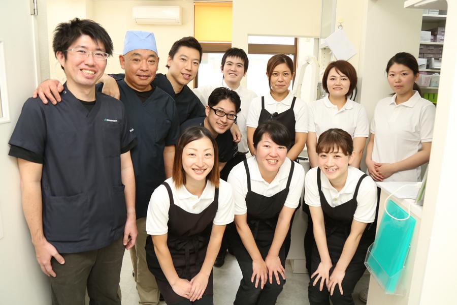 マリン歯科クリニックのスタッフ集合写真