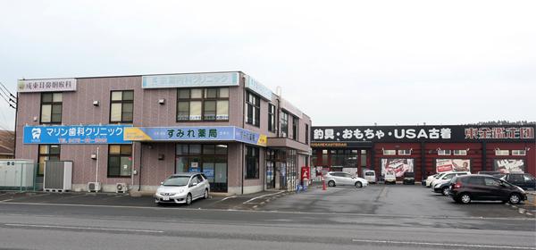 千葉県山武市成東の千葉鑑定団東金店前、駐車場60台分のスペースがございます。